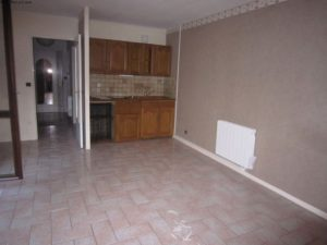 Kitchen renovation: before